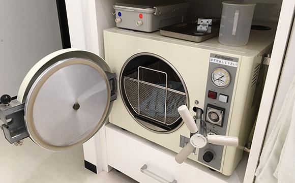 滅菌機器(オートクレーブ滅菌、ガス滅菌)